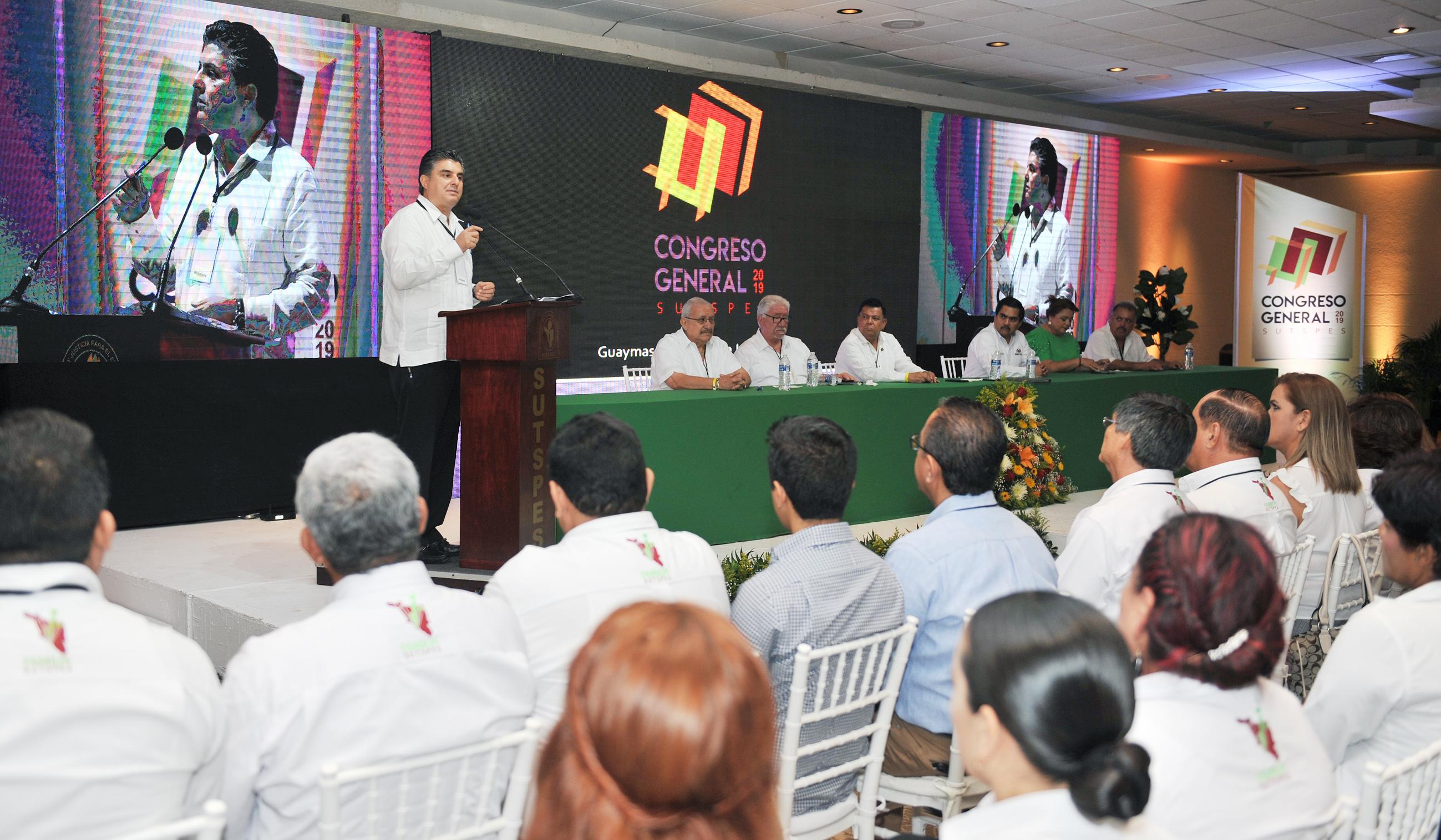 Inaugura Miguel Pompa trabajos del Congreso General del Sutspes 2019