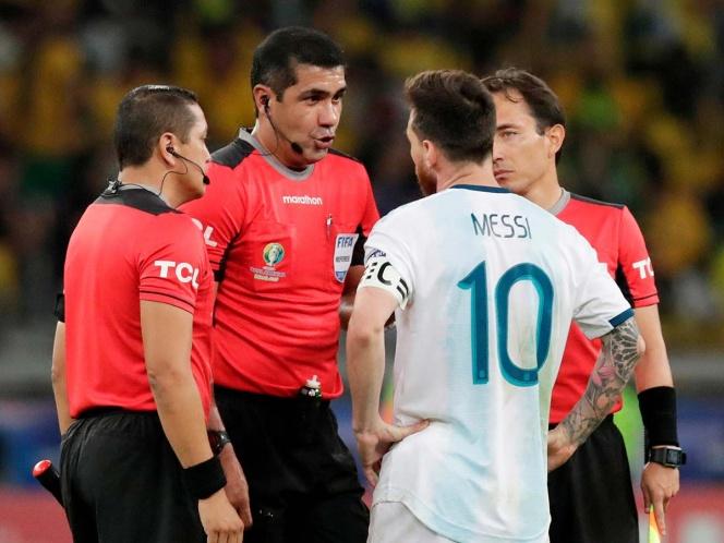 Messi arremete contra el arbitraje: Brasil manda en Conmebol