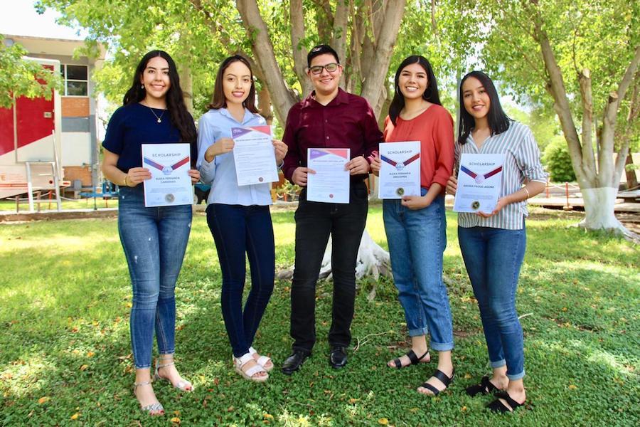 Estudiantes recién egresados del Cobach estudiarán en China