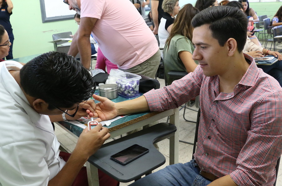 Realiza Isssteson jornada médica en planteles Cobach