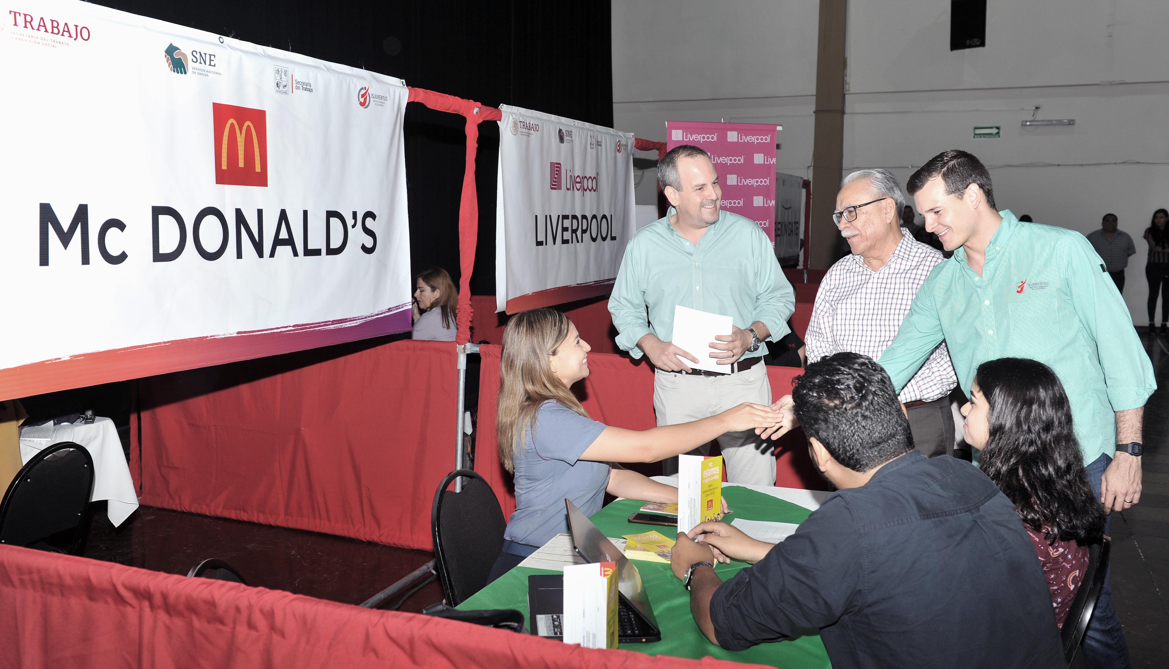 Realiza Secretaría del Trabajo Feria del Empleo Joven