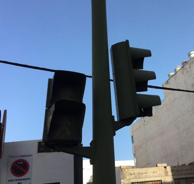 ¿Qué les pasa? Semáforos en Altar y Caborca apagados ¿se gastan?