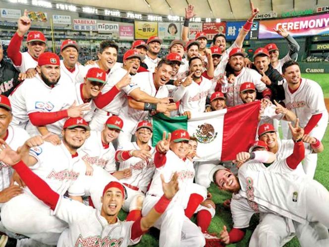 Regreso con júbilo; Selección de Beisbol está en el país tras su éxito