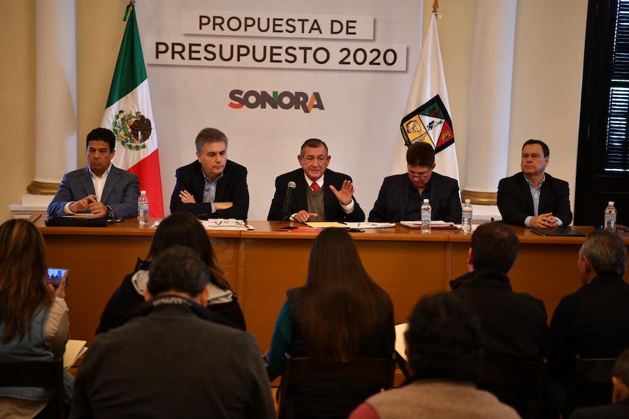 Presupuesto 2020 proyecta equilibrio financiero entre ingreso y gasto: Raúl Navarro Gallegos
