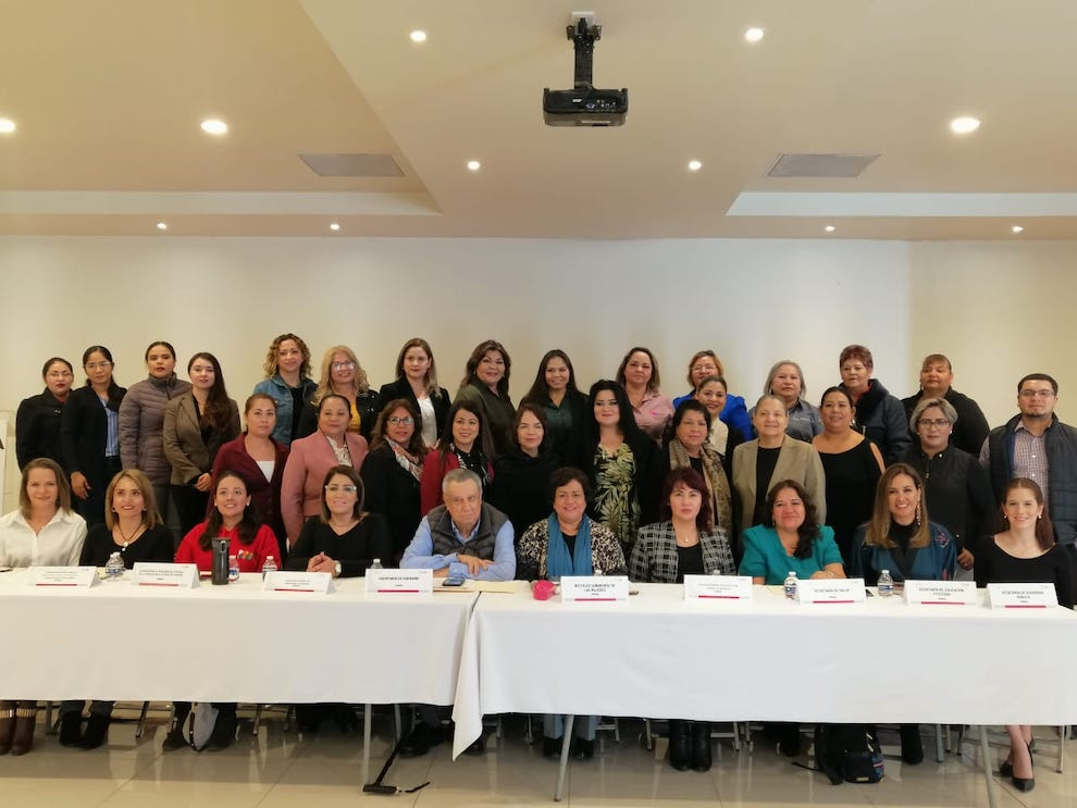 Fortalece ISM trabajo transversal a favor de las mujeres