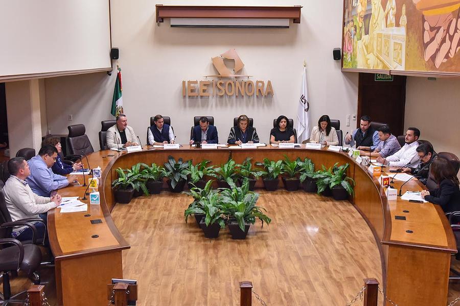 Celebra Consejo General del IEE Sonora sesión ordinaria